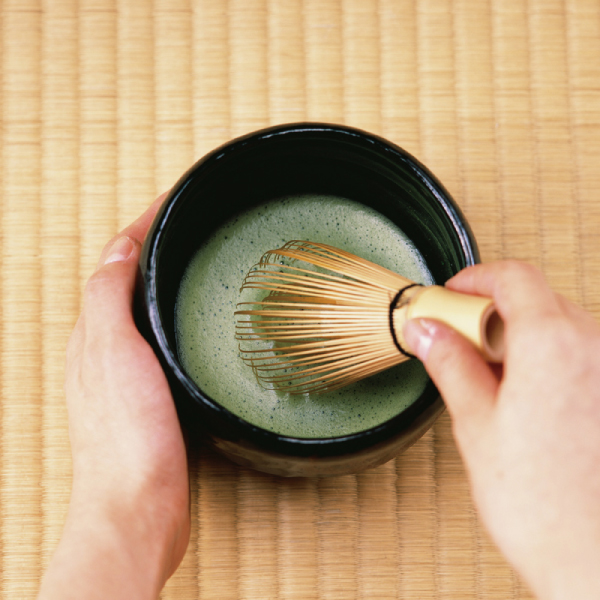 How to whisk and prepare tasty matcha